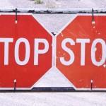 stop-499309_640