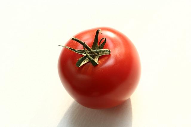 tomato-952449_640