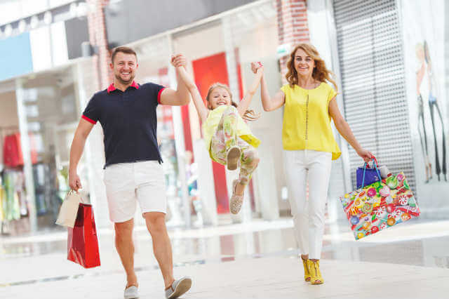 ショッピングモールで買物